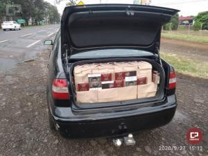 PRF apreende 297 quilos de maconha e cerca de 50 mil maços de cigarro no Paraná