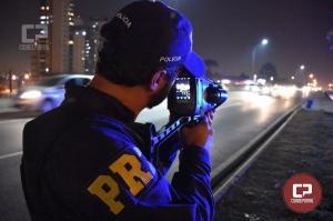 Radar da PRF flagra carro a 241 km/h em Campo Mourão no Paraná