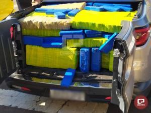 PRE de Cianorte apreende veículo carregado com mais de 600 kg de maconha na PR-323