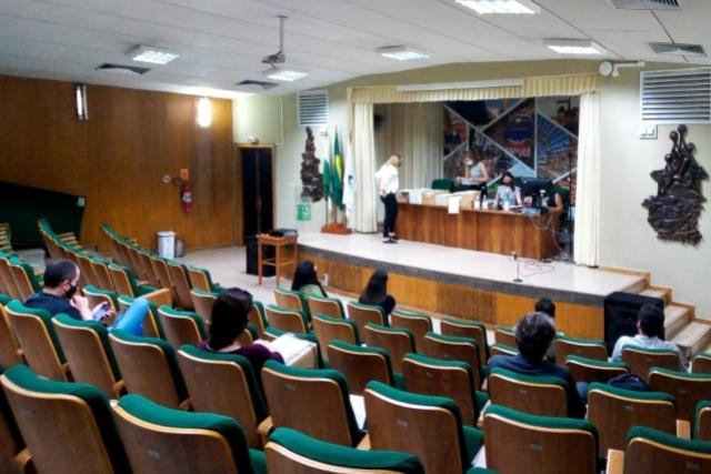 Governo de Paraná recebe propostas para duplicação da PR-323